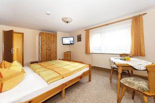 Zimmerbeispiel Doppelzimmer (Aufbettung möglich)