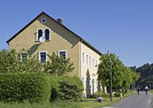 Ferienwohnungen Drei Lindenhof