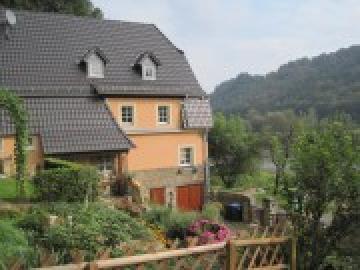 Haus an der Elbe