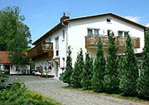 Ferienanlage >>Haus am Bergwald<<