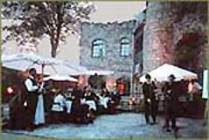 Pension und Erlebnisgastronomie Burgtheater 'Burg Altrathen'