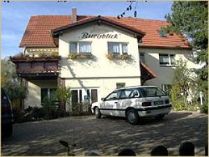 Zimmervermietung un Ferienwohnung Burgblick